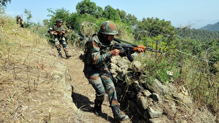 Indian Army Puts Down A Suspected Pakistan BAT Commando; Foils An Infiltration Bid Along The LoC